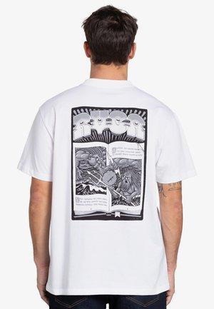 BATTLE - Print T-shirt - white