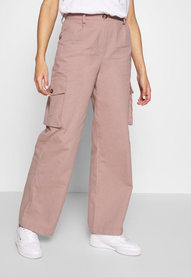 Misslisibell x NA-KD - Trousers - pale mauve