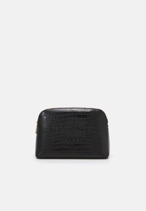 CROCALA - Wash bag - black