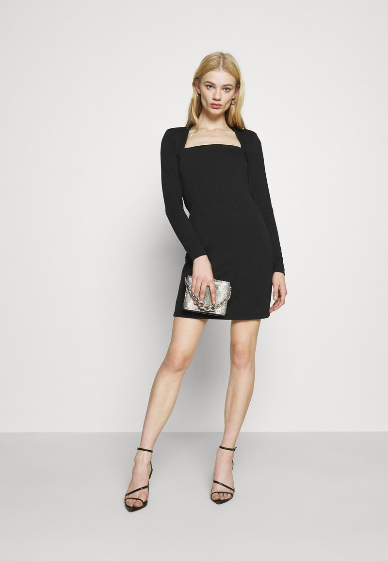 PADDED SHOULDER DRESS   Jerseykleid   black