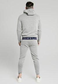 SIKSILK - ELASTIC JACQUARD OVERHEAD HOODIE - Sweatshirt - grey - 2