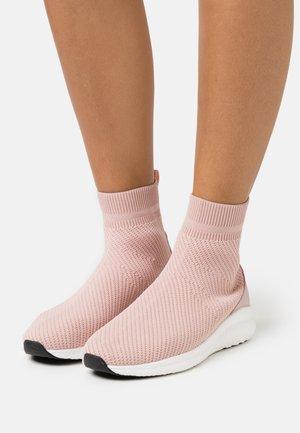 BIACHARLEE  - Sneakers hoog - rose