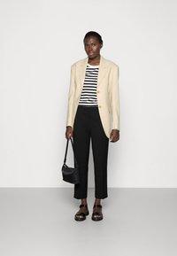 Selected Femme - SLFSTANDARD TEE  - Långärmad tröja - black/bright white - 1