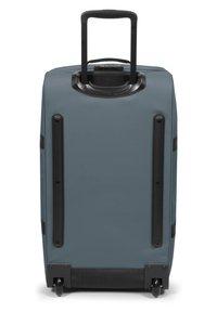 Eastpak - TRANVERZ M 2-ROLLEN TROLLEY - Wheeled suitcase - afternoon blue - 1
