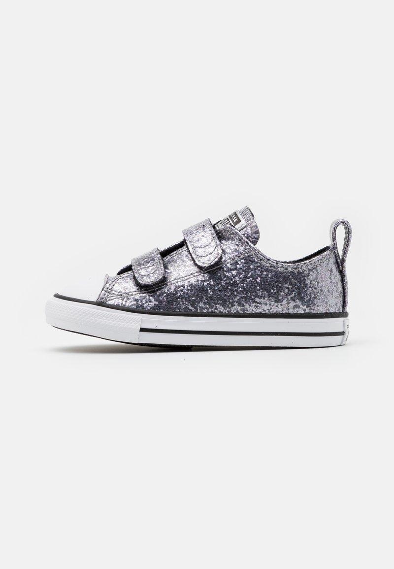 Converse - CHUCK TAYLOR ALL STAR GLITTER - Tenisky - black/bright coral/white