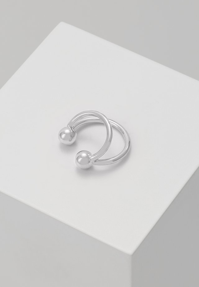 ANNA EARCLIP DOUBLE RINGS - Örhänge - silver-coloured