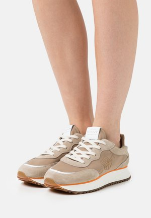 BEVINDA  - Trainers - beige/earth