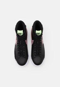 Nike Sportswear - BLAZER MID  - Korkeavartiset tennarit - black/pink rise/barely volt/white - 3