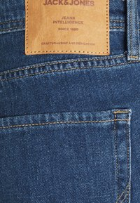 Jack & Jones - JJIMIKE JJORIGINAL - Straight leg jeans - blue denim - 6