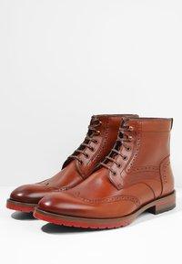 Floris van Bommel - ROSSI - Lace-up ankle boots - dark cognac - 2