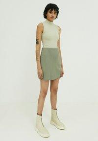 EDITED - PAISLEY - Wrap skirt - grün - 1