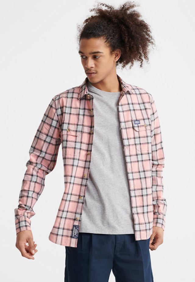 MERCHANT MILLED LITE - Koszula - pink check