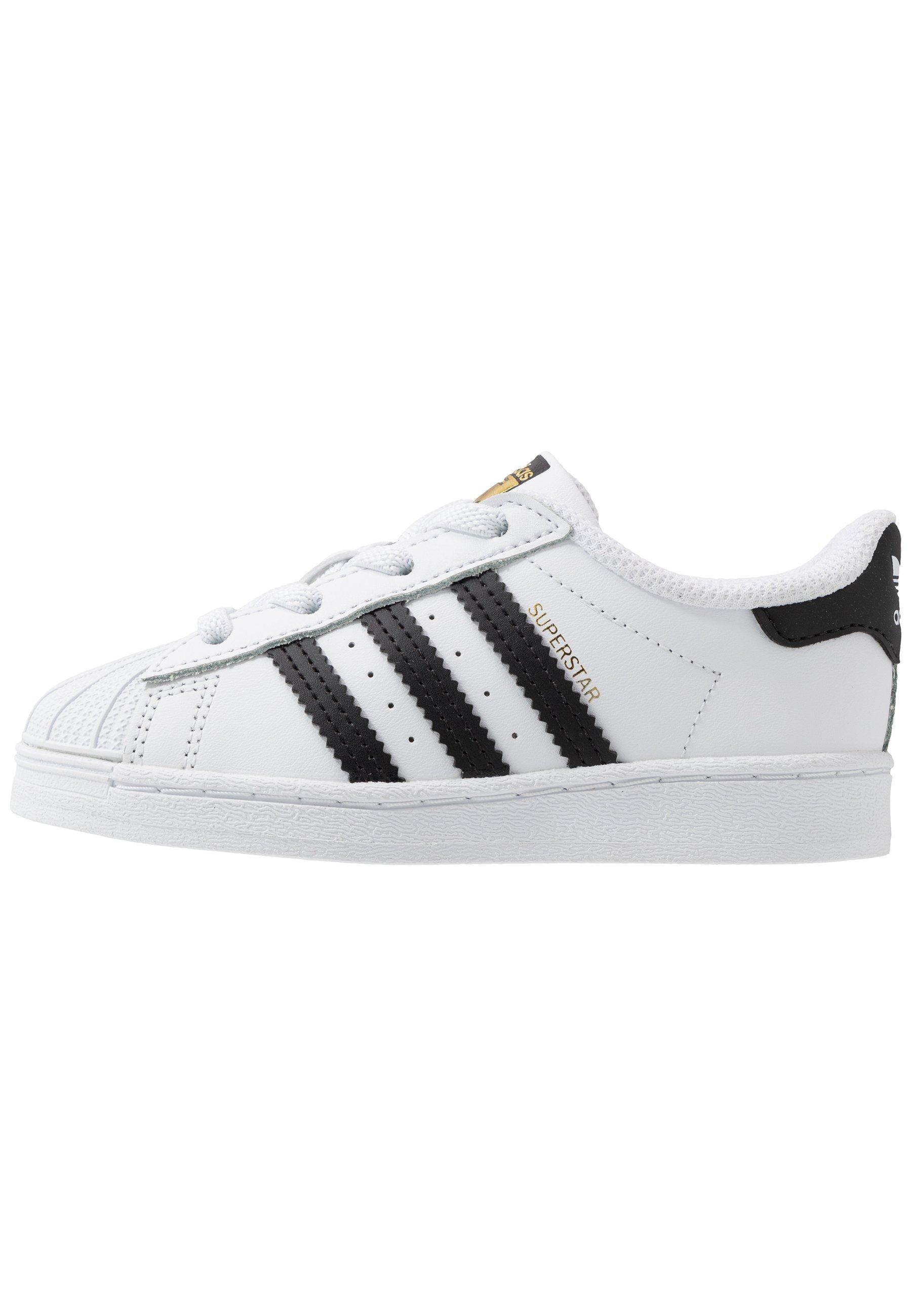 adidas basse scarpe
