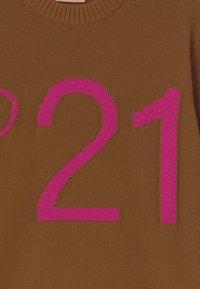 N°21 - MAGLIA - Svetr - dark camel - 2