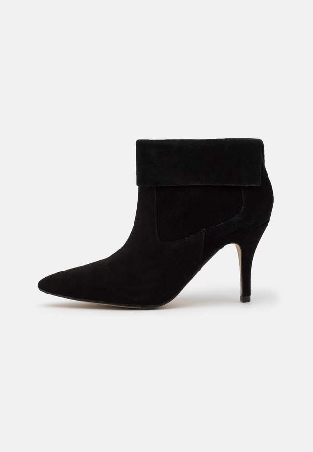 VREEZ - Ankle boot - black