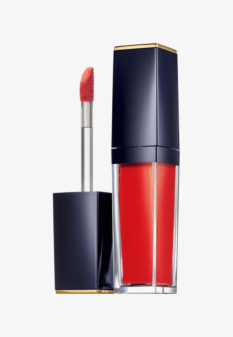 Estée Lauder - PURE COLOR ENVY PAINT ON LIQUID LIPCOLOR  VINYL 7ML - Liquid lipstick - 305 patently peach