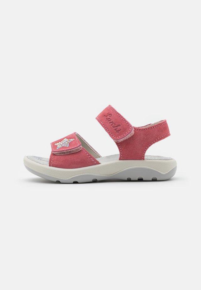 FERMI - Sandals - geranie