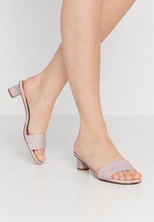 NICOLA - Pantofle - lavender