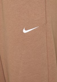 Nike Sportswear - Joggebukse - archaeo brown - 2