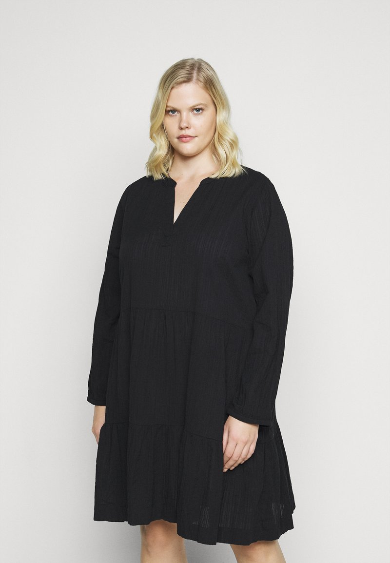 Kaffe Curve - KOBINE DRESS - Day dress - black deep