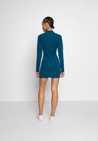 Nike Sportswear - W NSW ESSENTIAL LS - Vestido de tubo - valerian blue/(white) - 2