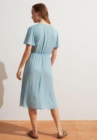 OYSHO - Denní šaty - turquoise - 3