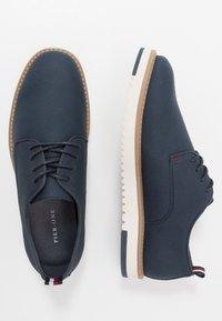 Pier One - Volnočasové šněrovací boty - dark blue denim - 1