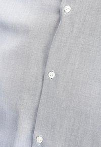Jack & Jones PREMIUM - Shirt - grey melange - 3