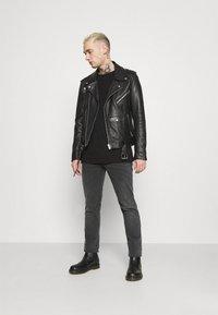 Blend - TWISTER  - Slim fit jeans - denim dark grey - 1