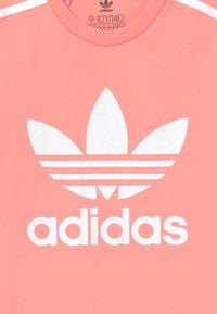 adidas Originals - SKATER DRESS - Jersey dress - pink/white - 3