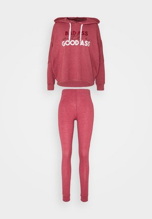 BAD ASS JUMPER SET - Pyjama - red