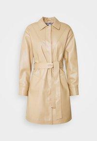 Topshop - SEAMED SHACKETT - Short coat - buttermilk - 0