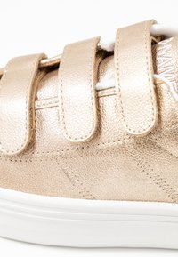 No Name - PLATO STRAPS - Trainers - gold/white - 2