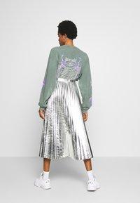 Topshop - METALLIC  MIDI - A-line skirt - silver - 2
