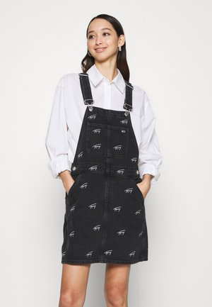 DUNGAREE DRESS  - Denim dress - tj save fa critter black rigid
