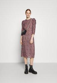 Pieces - PCGWENA MIDI DRESS - Day dress - pink - 1