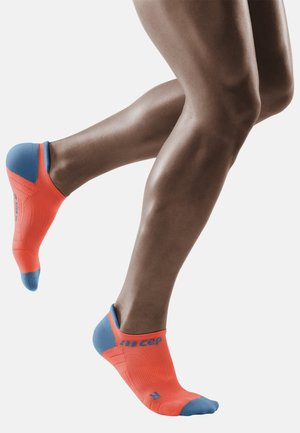 Trainer socks - coral/grey