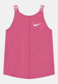 Nike Performance - ELASTIKA - Funkční triko - fireberry/white - 0