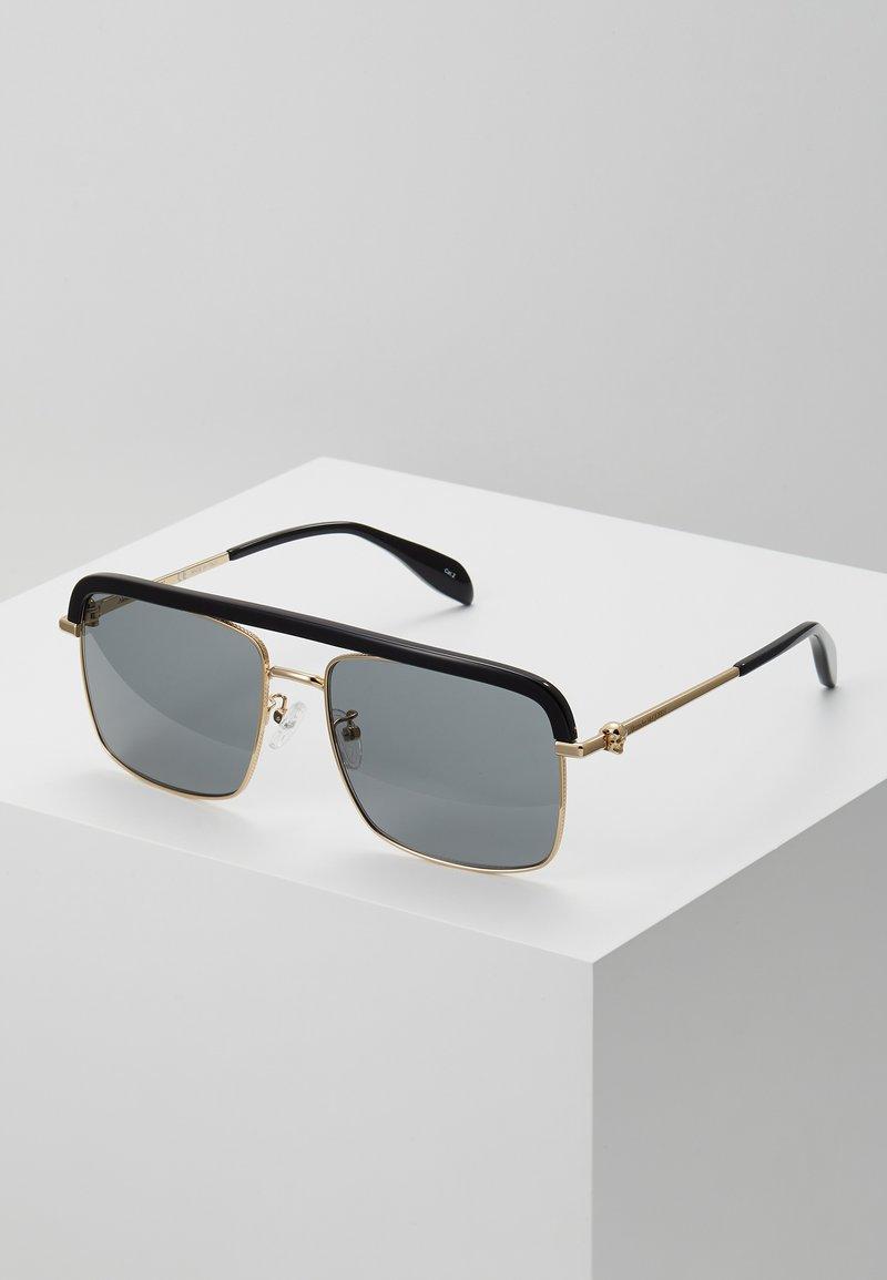 Alexander McQueen - SUNGLASS MAN  - Sunglasses - gold-coloured/grey
