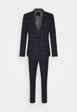 STRATHDON SUIT - Suit - black/white/brown