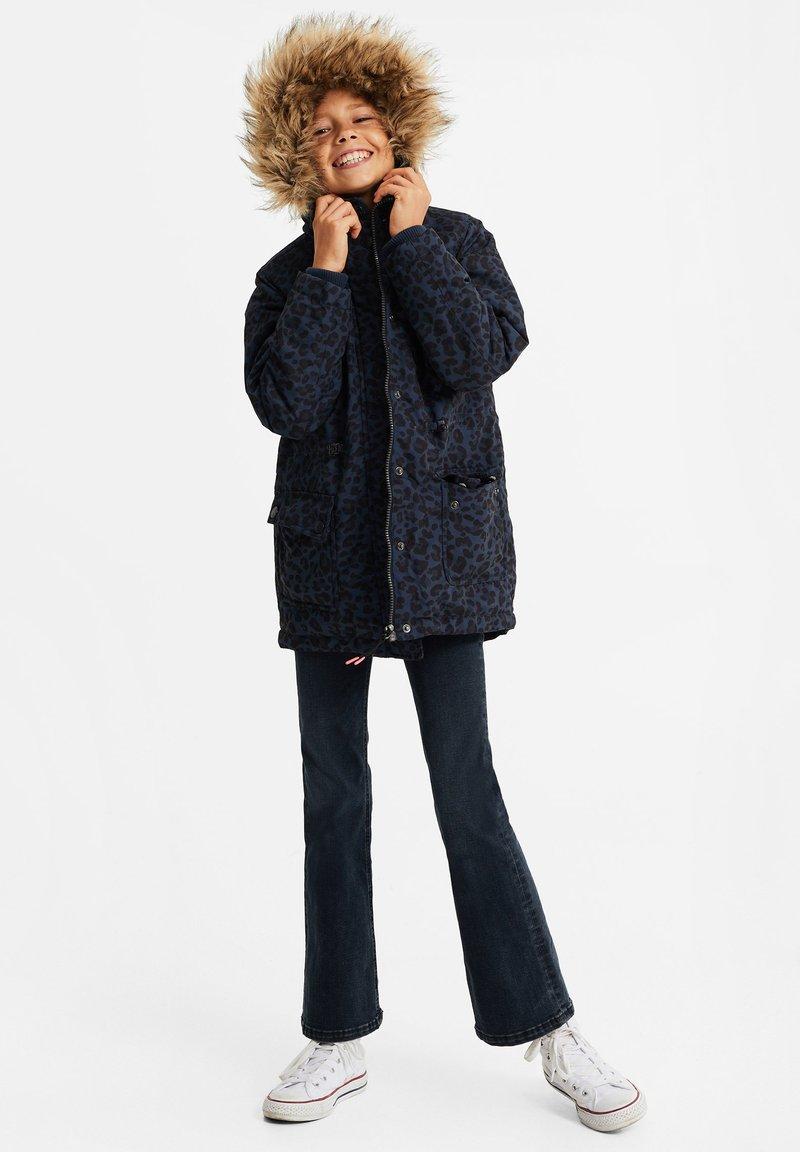 WE Fashion - MEISJES WATERAFSTOTENDE MET - Parka - dark blue