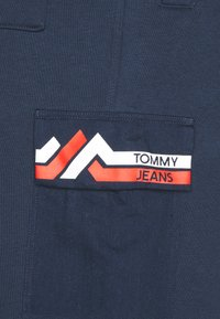 Tommy Jeans - Tracksuit bottoms - twilight navy/multi - 4