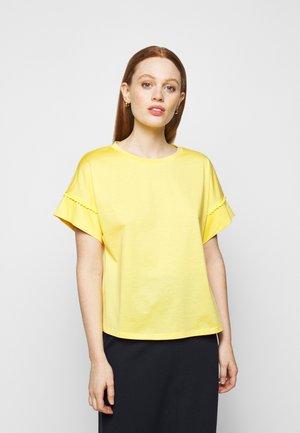 PALMA - Jednoduché triko - gelb
