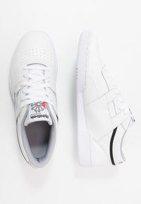 Reebok Classic - CLUB WORKOUT - Trainers - white/cool shadow/black - 1