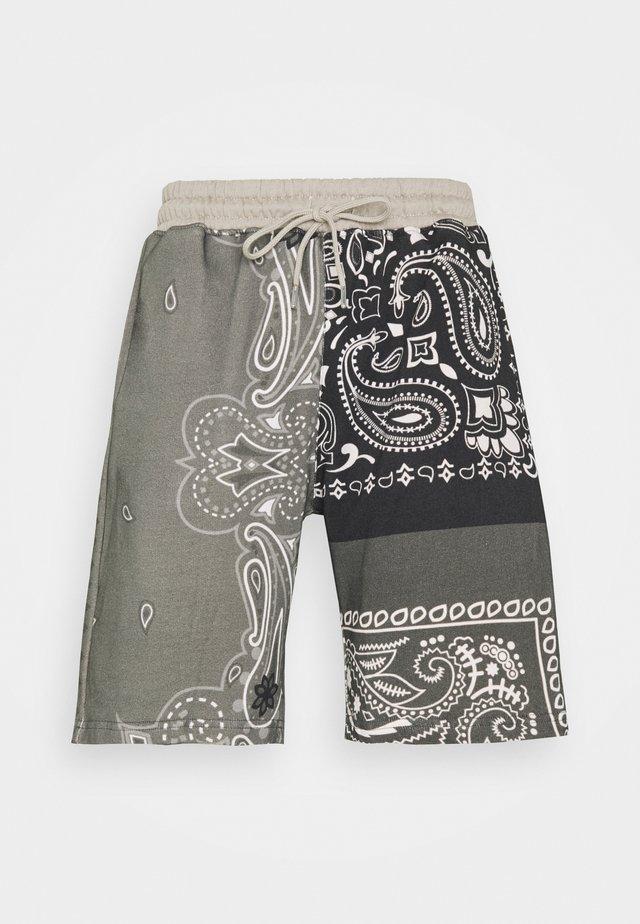 BANDANA PRINT REGULAR UNISEX - Shorts - dark grey