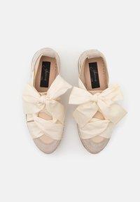 Gaimo - VENUS - Casual lace-ups - tricot doble beig - 5
