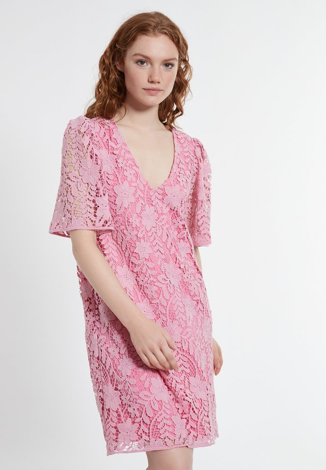 DABOREA - Korte jurk - rosa