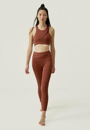 ISOKA NOSTALGIE - Collants - rojo oscuro