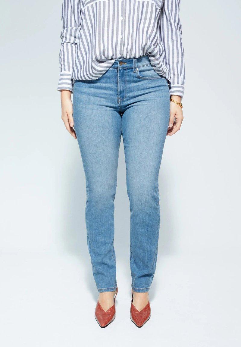 Violeta by Mango - SUSAN - Slim fit jeans - medium blue