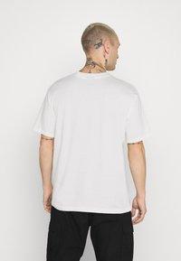Hoodrich - CORE - Print T-shirt - off white - 2